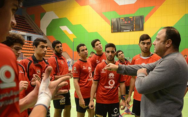 «شباب يد الأهلي» يفوز على الزمالك ويُتوج ببطولة الدوري