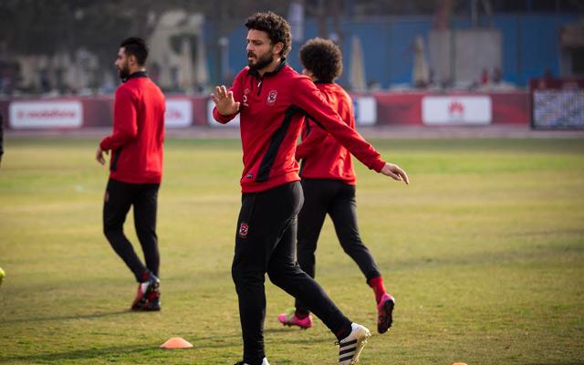 حسام غالي يشارك في التدريبات الجماعية