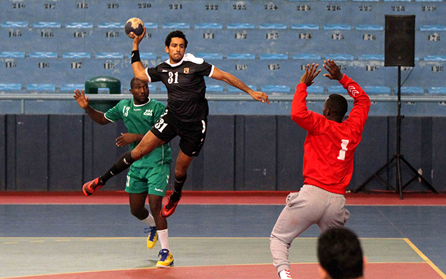 «رجال يد الأهلي» يتأهل إلى قبل نهائي «كؤوس» أفريقيا