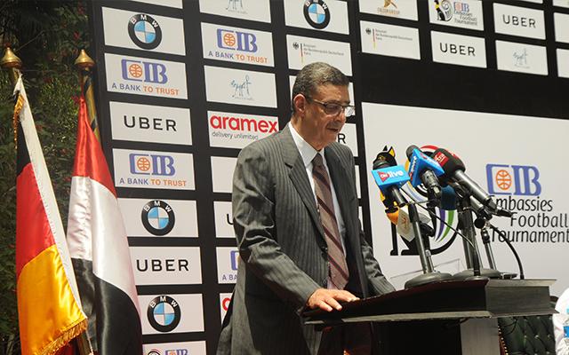 طاهر: الأهلي لا يتأخر أبدًا عن الدعم الدبلوماسي الرياضي