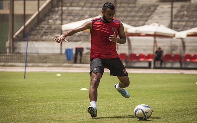 حسام عاشور ينتظم في تدريبات الفريق