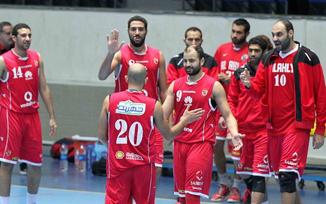 كرة السلة : الأهلي يتأهل الى نهائي دوري السوبر