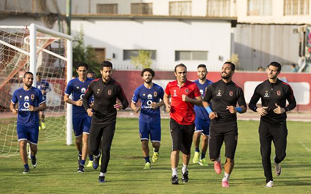 الأهلي يتدرب الخميس في برج العرب