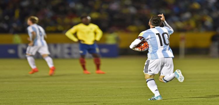 ميسي يتألق بثلاثية امام الاكوادور و الأرجنتين في روسيا