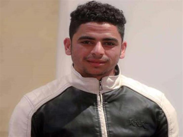 كل ما تريد معرفته عن مدافع الأهلي الجديد محمود الجزار
