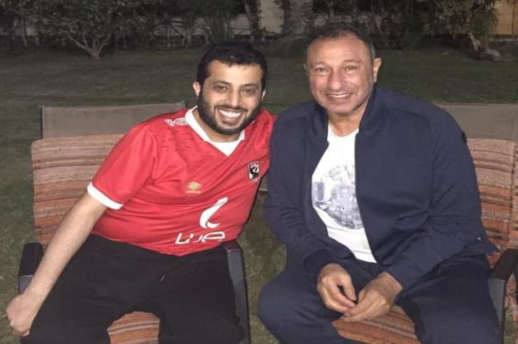 تركي آل الشيخ : في ضهرك يا خطيب في ضهرك يا أهلي